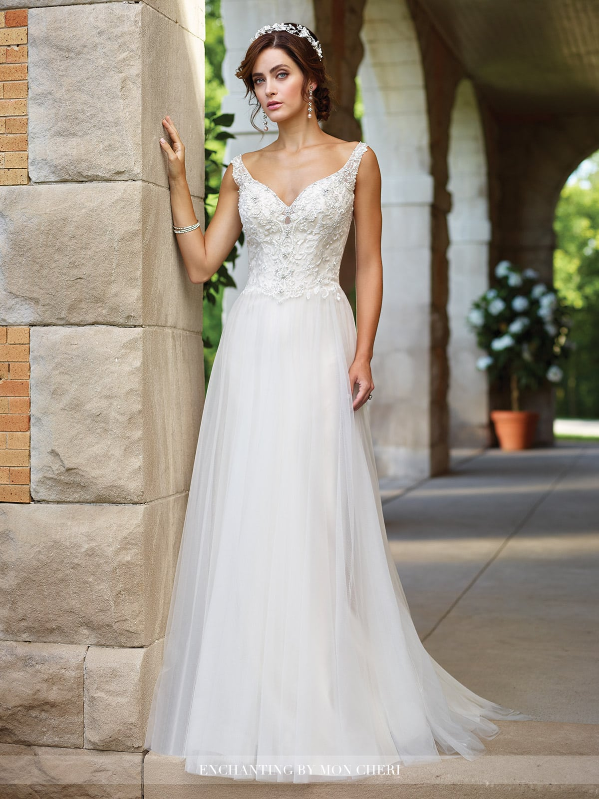 117184-Wedding-Dresses-2017