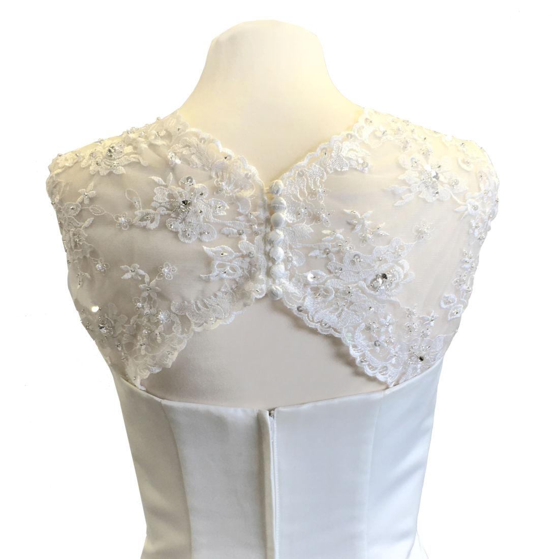 ej900-lace-bridal-sleeves-back-72px