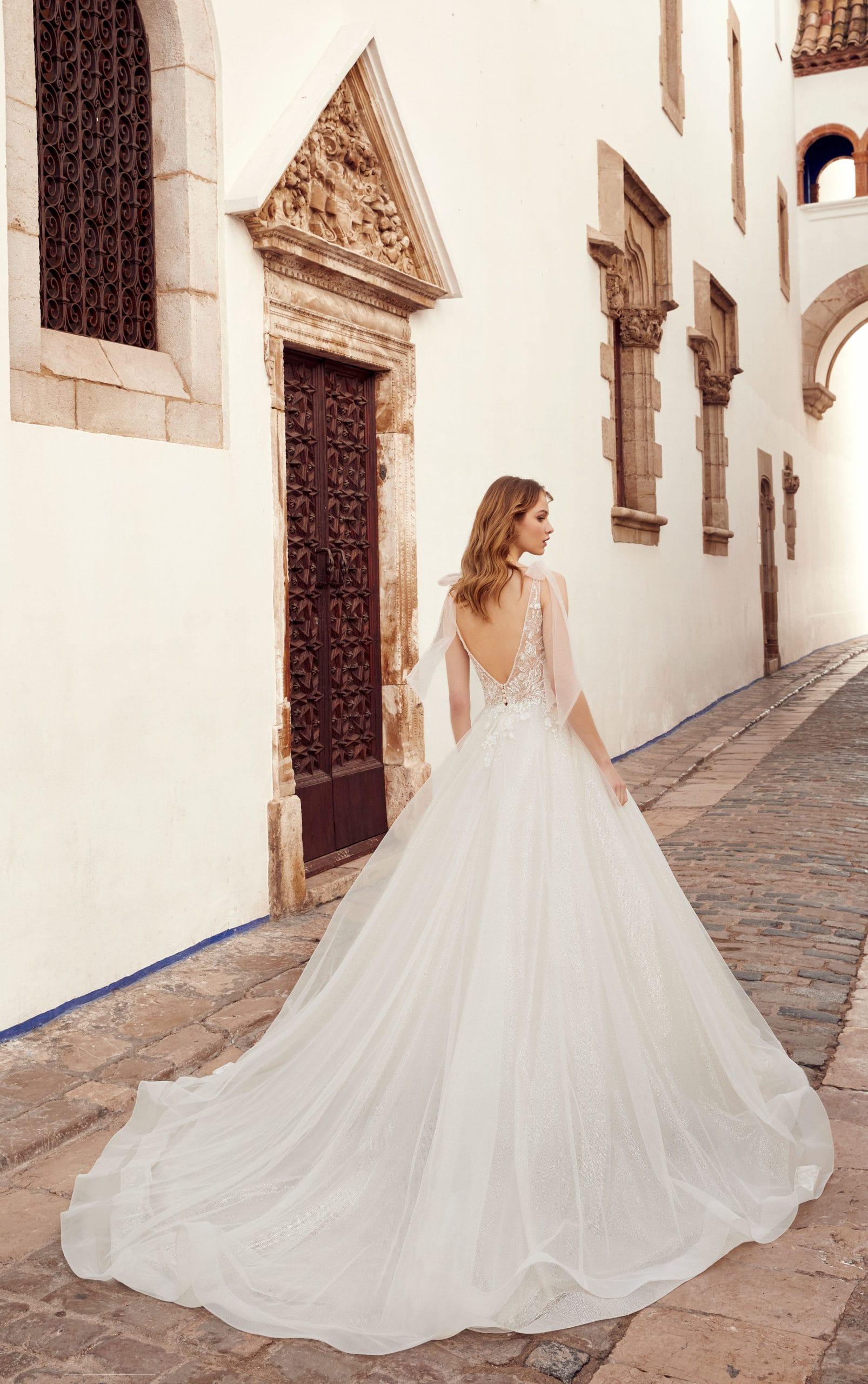 dress shops for weddings