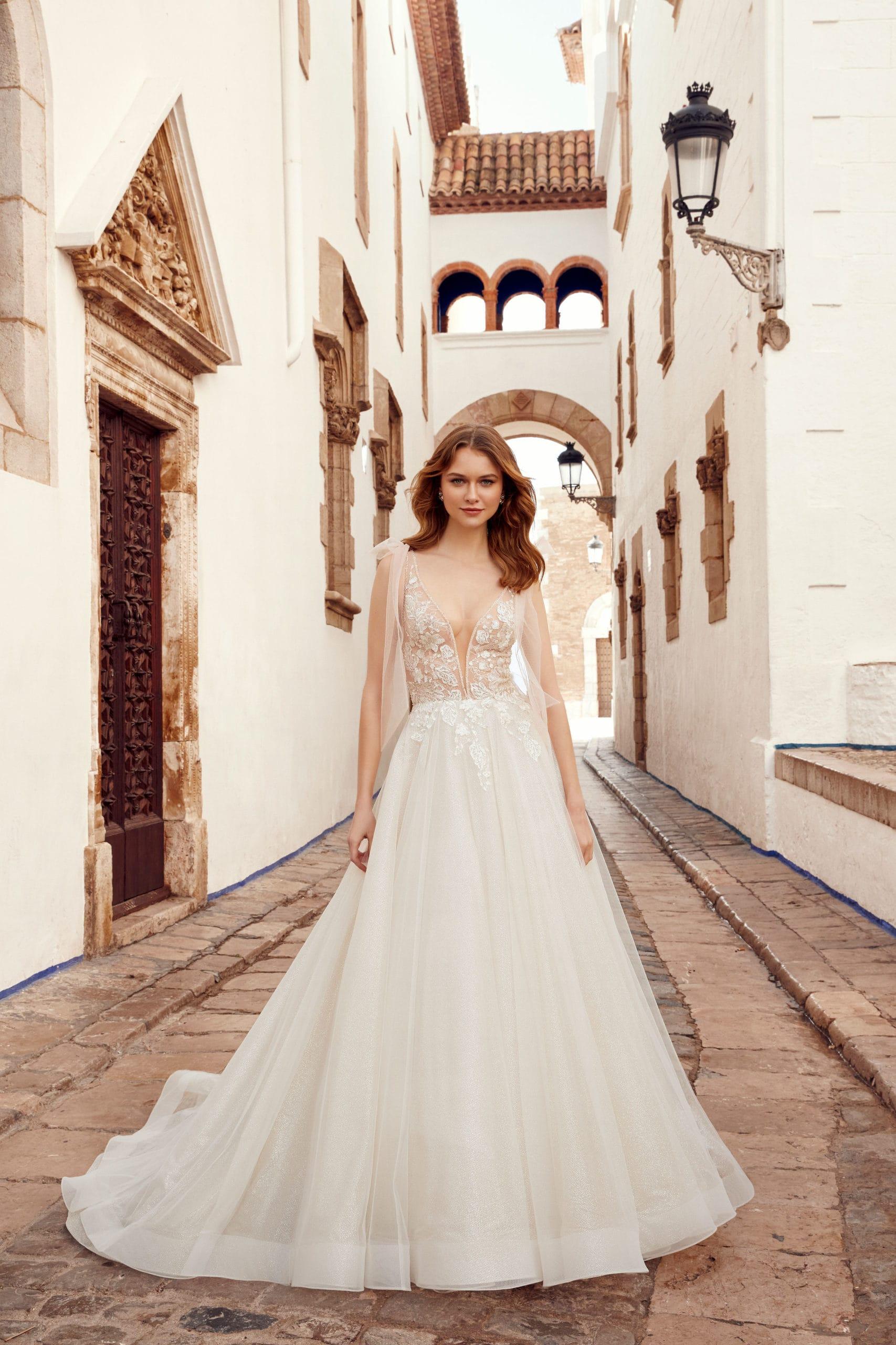 wedding shop dresses